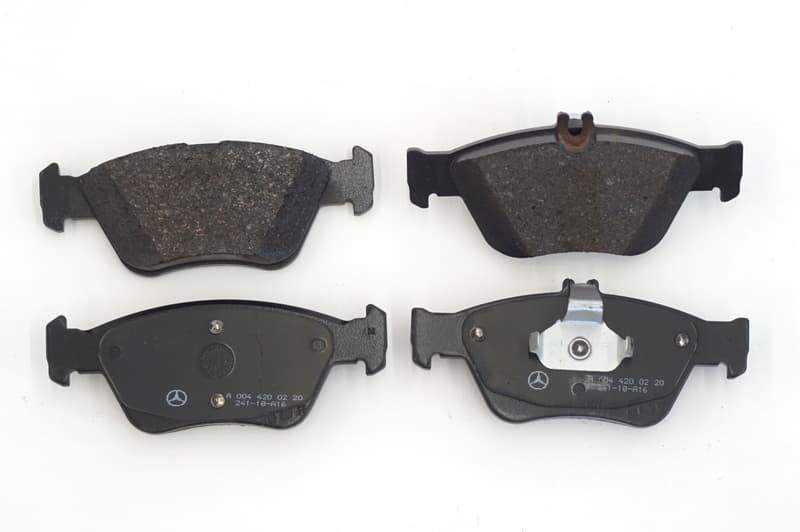 Mercedes-Benz Brake Pad Set - 0074209620 - Genuine Mercedes A0074209620 007  420 96 20